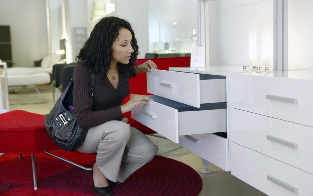 Siete consejos que necesitas leer antes de comprar tus muebles