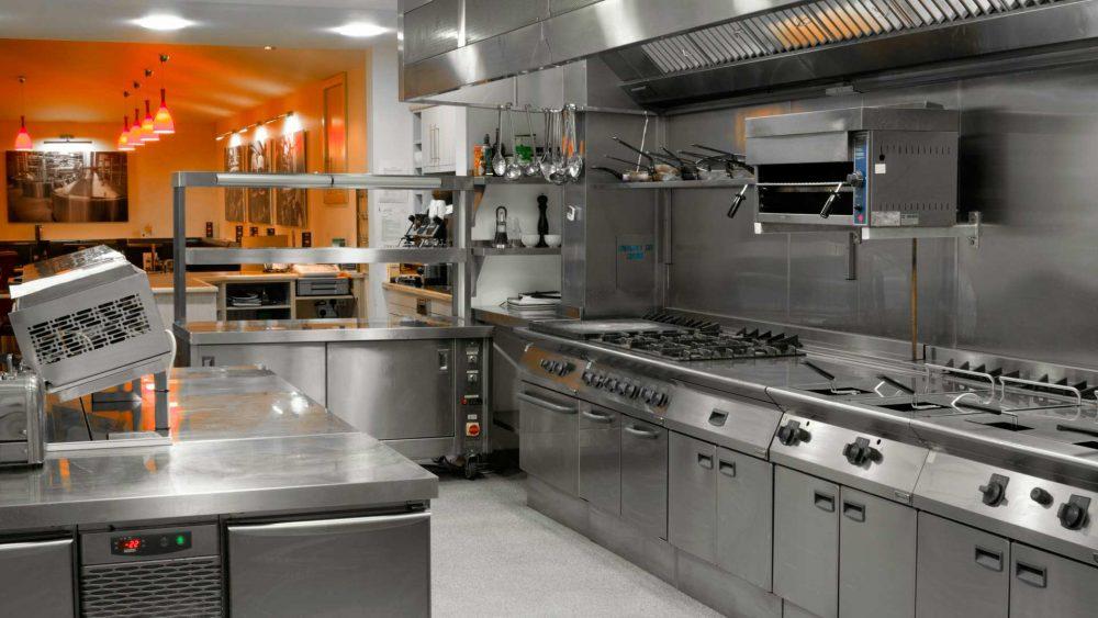 Principales elementos de las cocinas industriales loredo for Accesorios de cocina industrial