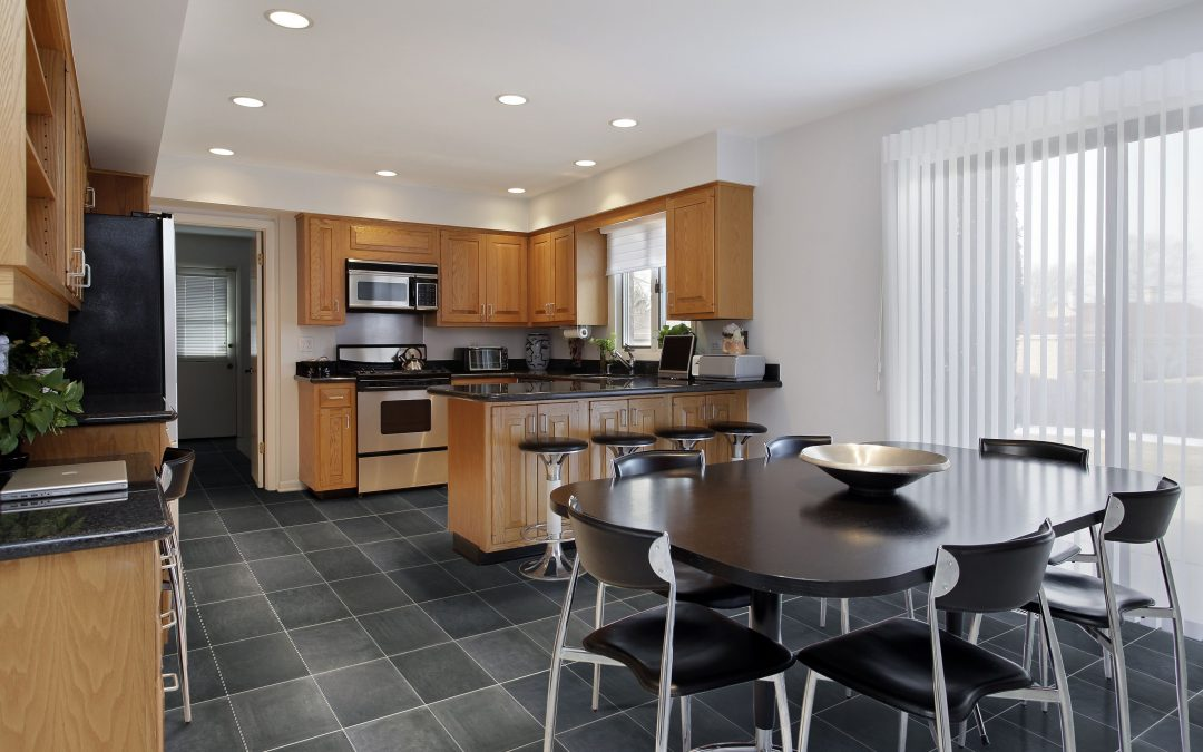 5 muebles que no deben faltar en una cocina práctica