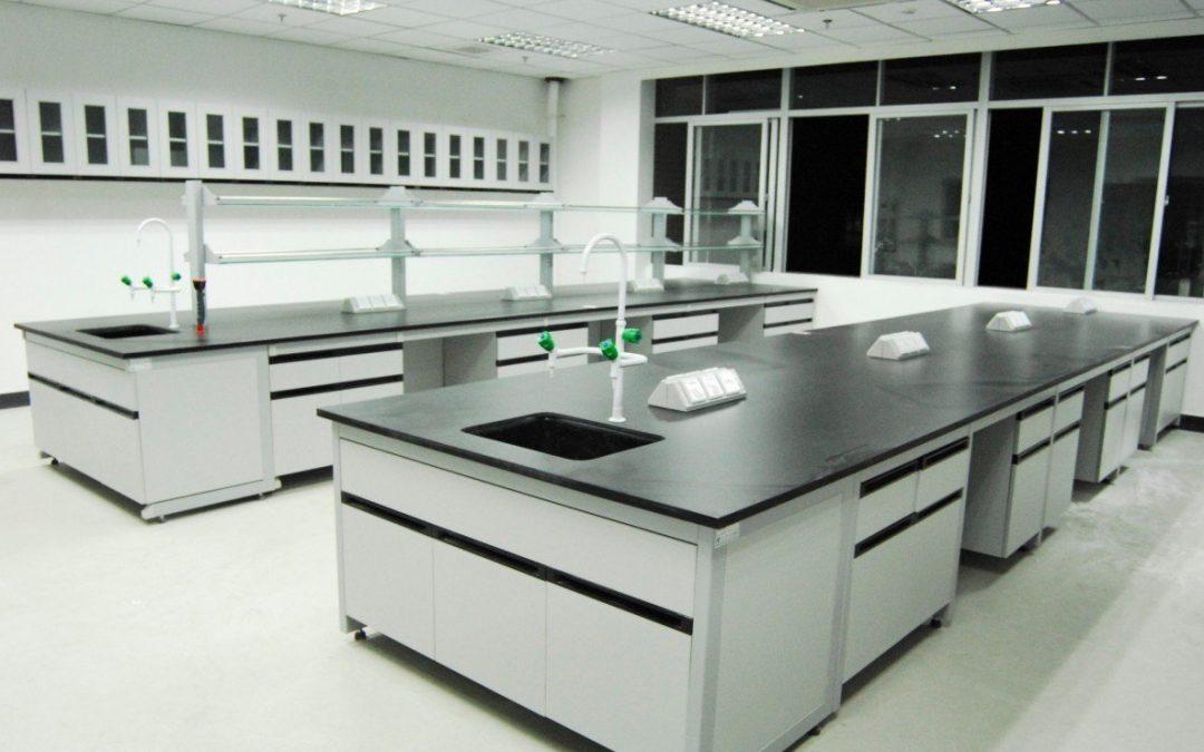 Loredo ofrece las mejores mesas para laboratorio escolar for Mobiliario para estudiantes